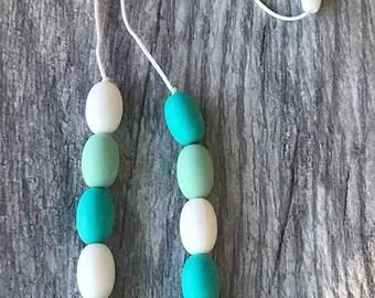 Mint, Aqua, & White teething necklace