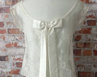 Lace top for wedding dress, backless with satin bow. Top lace wedding.
