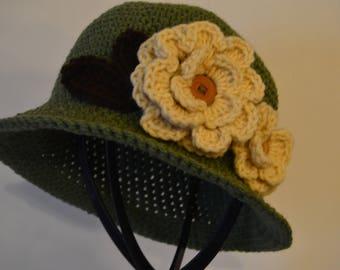 Cloche Hat, Bowler Hat, Women's Green Crochet Flower Cloche Hat