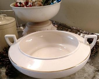 Vintage Homer Laughlin Gold Trim Casserole Dish A2N - Made in USA