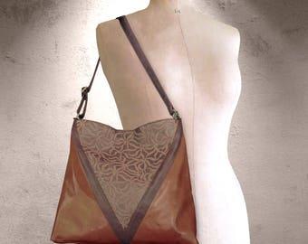 Leather hobo, soft caramel leather, lined with zipper pocket, Strong adjustable handbag, designer embossed leather bag, hobo, shoulder bag