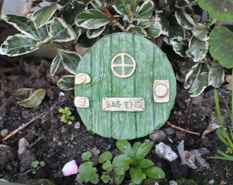 "Lord of The Rings, Hobbit Style, ""Bag End"" Green Fairy Door, Made in Cornwall, Cornwall Stoneware, All Weather Gift Idea"