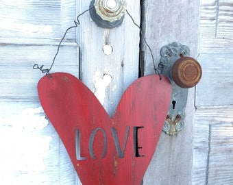 Metal Heart, Metal LOVE sign, Rustic Farmhouse Home decor, Valentines Day Decor, Heart Decor, Rustic Hearts, Rustic Wedding Anniversary Gift