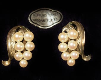 Cluster Pearls Screw Back Earrings Sterling Rhodium Caribe