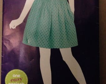 Simplicity E1970 - Sew Simple Pleated Pull on Skirt with Side Seam Pockets - Size 6 8 10 12 14 16