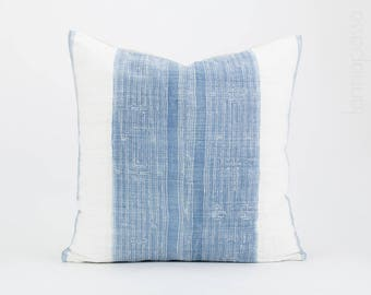 Vintage Hmong Hemp Cushion - Batik Throw Pillow Cover / Indigo Cushion Cover 20x20 Hmong Cushion, Hill Tribe Cushion, Blue White w/ Linen