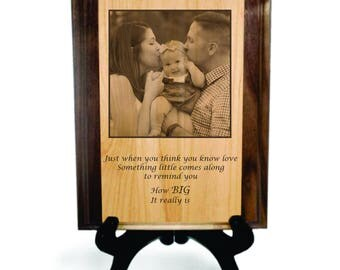 """Personalized Picture Window Solid Pyrograph - 7"""" x 9"""""""