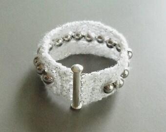 White metallic beaded crochet bracelet