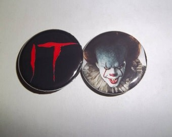 """Pennywise Clown Stephen King's It Horror Movie Pinback Buttons 1.25"""", From 1990 or 2017"""