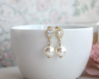 Wedding Earrings, Large Ivory Pearl Earrings, Gold Wedding earrings, Bridal Bridesmaid Gift.Ivory Pearls, Cubic Zirconia Ear Post Earrings