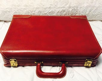 Vintage Cowhide Leather Suitcase Small Great Condition 1940s Train Case Carry On Handsome