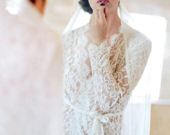 Giselle Leavers Bridal Lace Robe coat in Ivory