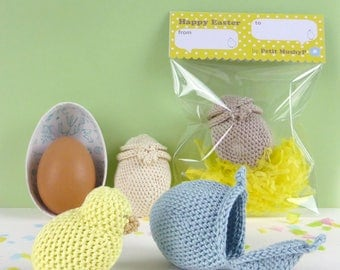 Easter chick and egg, crocheted chick and egg, Easter children toy, crochet chick and egg, crochet Easter egg, Easter gift for kids (1pc)