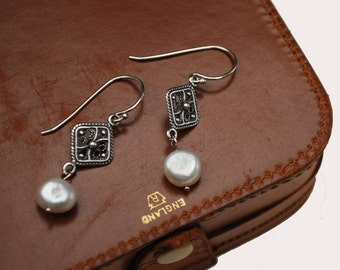 Fresh Water  pearl Sterling Earrings - White  genuine pearl - Silver filigree - Pierced dangle Earrings