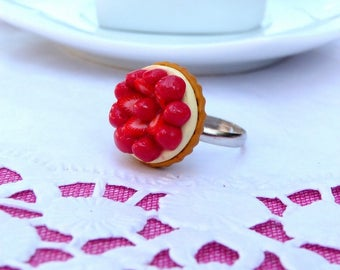 Delicious Strawberry Pie ring