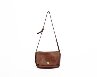 Vintage Large Coach Brown Leather Turn Lock Fold Over Adjustable Strap Cross Body Bag