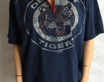 Vintage Detroit Tigers Quarter Zip-up Tee (XL)