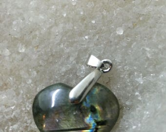 Purple LABRADORITE and Rainbow 9.86 Gr-heart pendant