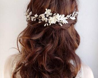 floral headpiece wedding, bridal headpiece flower, white flower hair accessories, bridal headpiece pearl, floral hair vine, bridal hairpiece
