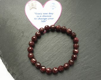 Gemstone Bracelet, Chakra Bracelet, Reiki Bracelet, Energy Bracelet, Gift for her, Birthstone Bracelet, Crystal Bracelet, Garnet