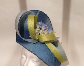 blue tie hat and dy