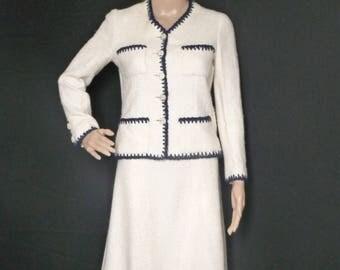 CHANEL haute couture - tailleur jupe en  tweed - vintage  années 60/70 -  taille  36FR