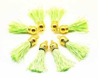 Set of 8 pompom tassel with fringe satin green fluo, 40 mm