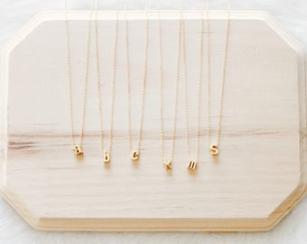 N1089 - Gold Tiny Initial Letters, Personalize Initials Pendants Necklaces