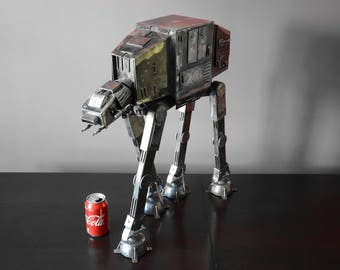 Arte del metallo. Star Wars AT-AT fatto a mano