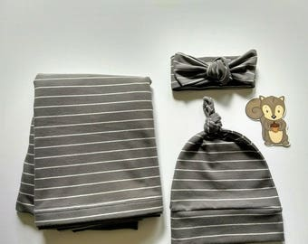 Gray Newborn Swaddle Set / Receiving Blanket / Swaddle Blankets / Baby Swaddle / Newborn Swaddler Stripes / Gift for baby