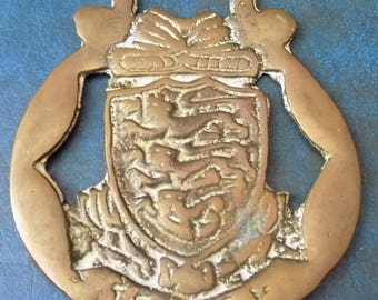 Rare vintage HORSE BRASS JERSEY Coat of Arms Style Design Made in England