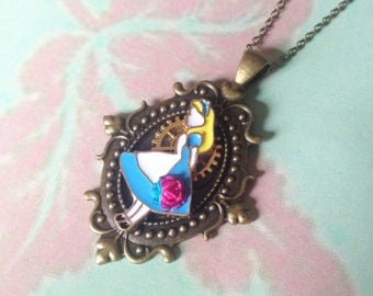 Ornamented alice necklace