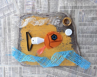Decorative frame made of upcycled drift materials - ecofriendly decoration