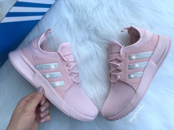 Rosa adidas Originals seguro Financial Services Ltd