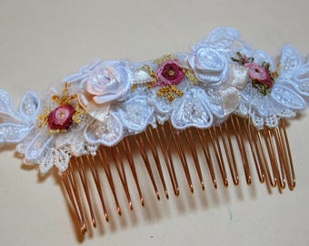 Gold hair comb romantic wedding, white lace and pastel colors