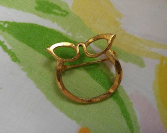 Eyeglass brooch / glasses clip / gold tone / cat eyes , cat glasses / 1960 / pinup , rockabilly , librarian chic