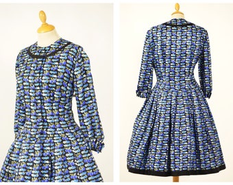 Vintage 1950s black and blue floral fruits print silk circle day dress - size M