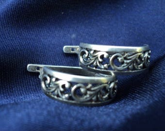 Vintage Earrings - Silver 925 - USSR- Earrings with a flower pattern - Thick earrings with a hoop - Ornaments.