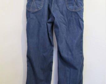 Men's Vintage 80's,Blue HI WAIST Boot Cut 517 Jeans By LEVI'S.32x30