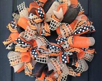 Halloween wreath - fall wreath - halloween decor - halloween - halloween door - fall door - orange and black wreath - fall burlap wreath