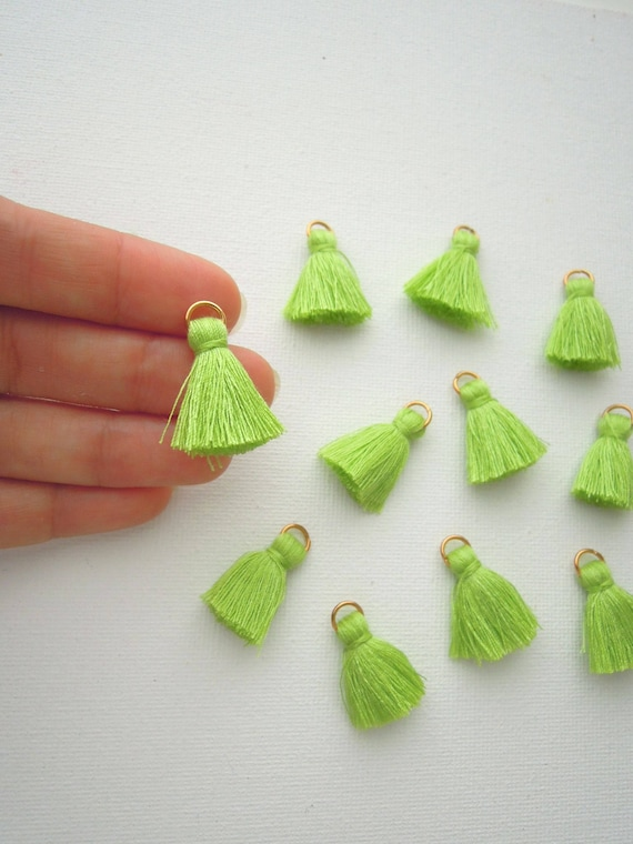 10 Lime green mini tassels - Green cotton jewellery tassels - Small lime green jewelry tassels - Bright green tassels with gold jump ring