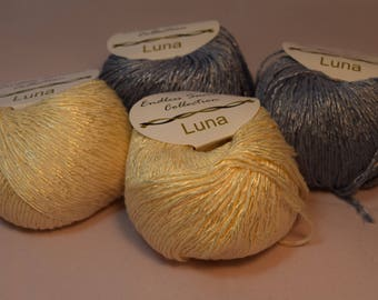 Luna Viscose Cotton Blend yarn in 2 complementing colors