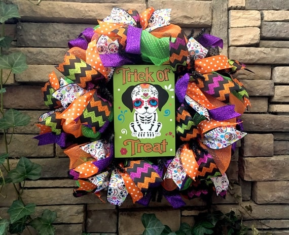 Halloween Dog Wreath, Halloween Wreaths, Day of the Dead Dog, Sugar Skull Dog, Dog Wreath, Halloween Decor, Day of the Dead Decor, Halloween