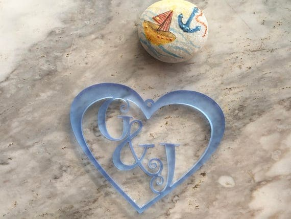 Personalized Heart Tree Ornament Valentines Day Gift for Couples Laser Cut Initials Acrylic Heart Couple Custom Bauble Decorations Gift Tag