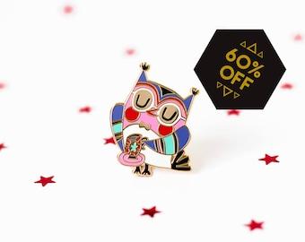 Christmas pin owl - hard enamel pin - brooch - A fun Christmas gift for women - gift ideas Christmas - Christmas present - pin owl