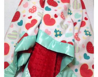 Heart baby blanket, receiving blanket, minky baby blanket, swaddler, security blanket, heart blanket, heart bedding
