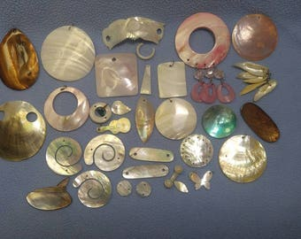35 pieces of Mother Of Pearl~ Beautiful..Get Creative!  See All Pics!