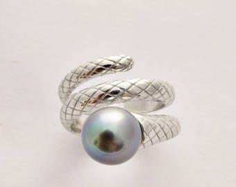 Snake Tahitian Pearl Adjustable ring