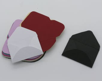 Envelope: set of die - cut cut-outs