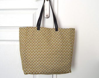 Ethnic tote bag - printed yellow fans